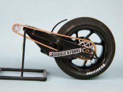 bras oscillant + roue g 800x600.jpg