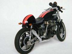 Kawasaki 750 Z2 ar d 800x600.jpg