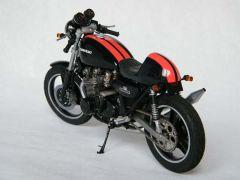 Kawasaki 750 Z2 ar g 800x600.jpg
