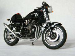 Kawasaki 750 Z2 av d 800x600.jpg