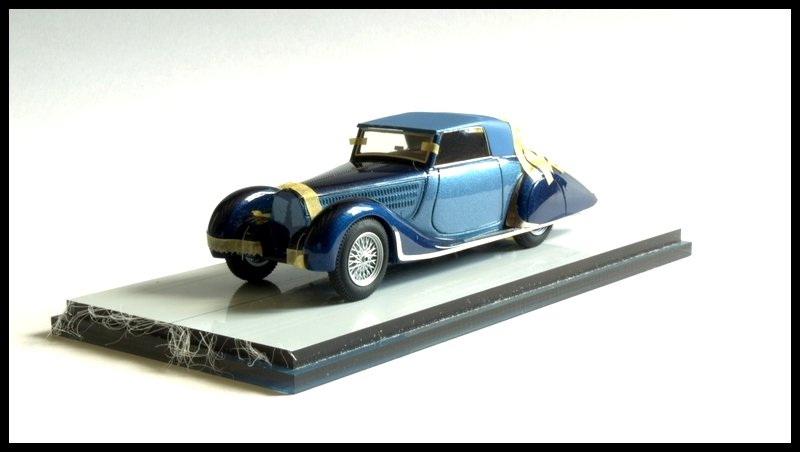 1627095806_BugattiT57worlfeusen114.jpg.4e34194e6e17f69e80207fbcc3bc2ed4.jpg