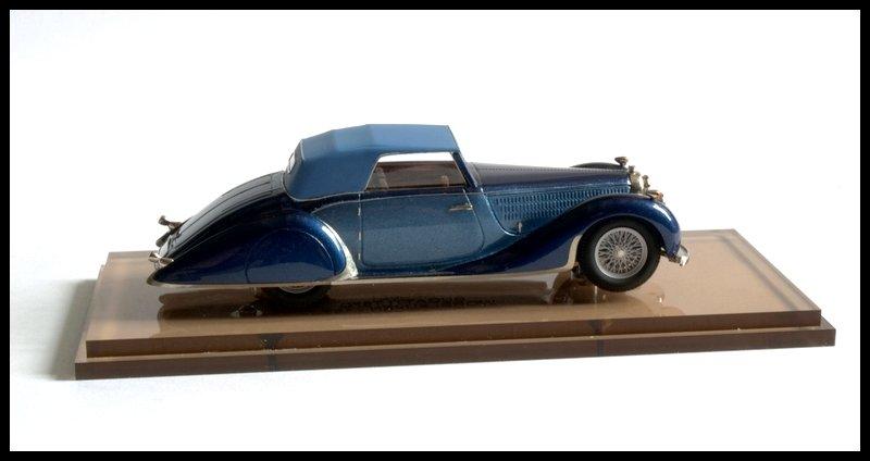1535052303_BugattiT57worlfeusen126.jpg.c5a3e784679dff826b786587eb09d977.jpg