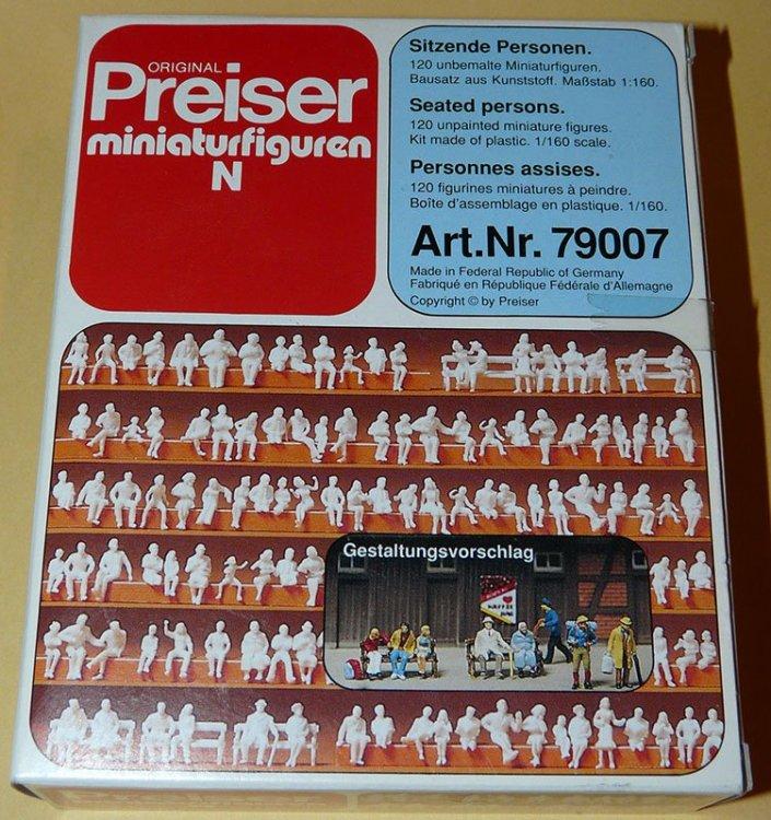 851865040_KRFigurinesPreiserN-01.thumb.JPG.0150dd9b556a1efb6248e1e37e416a10.JPG