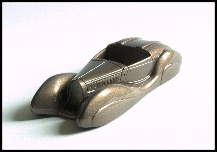 1806941630_BugattiT57SC-28.jpg.f2c26884f3fda1407cbe5d27d6f08acc.jpg