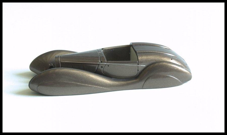 423849536_BugattiT57SC-62.jpg.780473695f543a8039676e03fd76ddaa.jpg