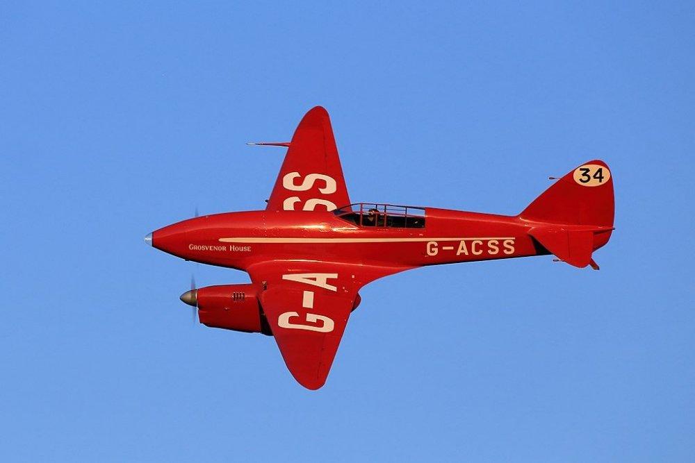 1024px-De_Havilland_DH88_Comet.thumb.jpg.046252fcdbbdc83a057479022a35d62c.jpg
